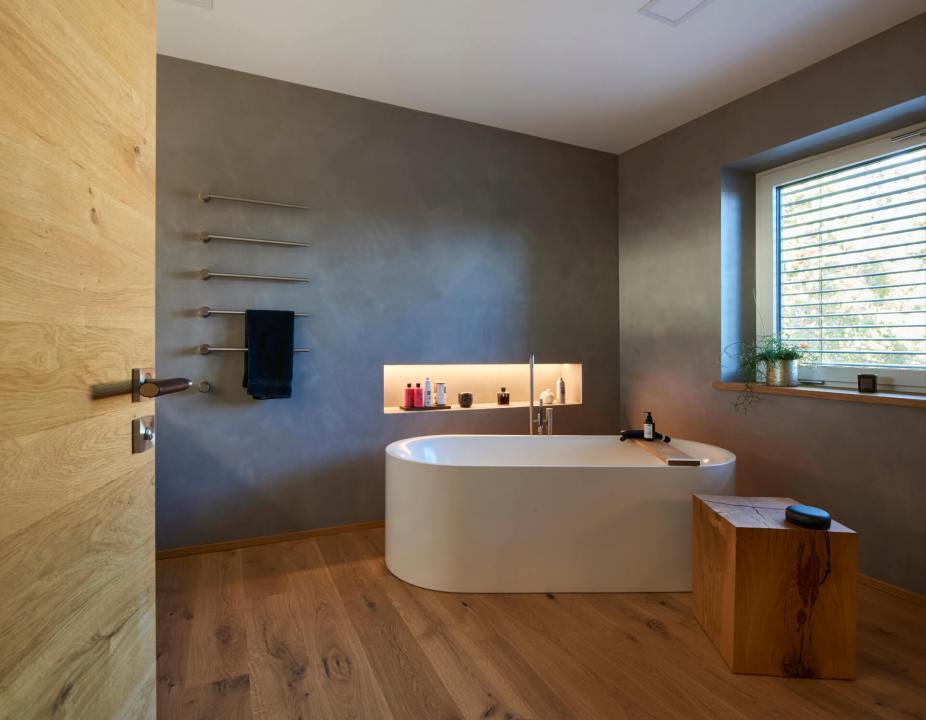 Gruber-Haus-GmbH-Badewanne-freistehend-2